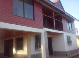 Casa Recién Remodelada Condominio el Canelo
