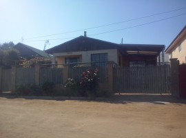 Hermosa Casa En La comuna De El Tabo
