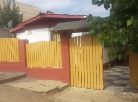 Hermosa Casa en Condominio en la Avenida Principal del Tabo